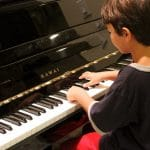 How to tech yourself to play piano