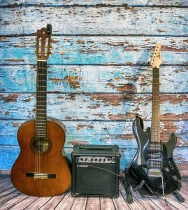 What's theAcoustic VS Electric Guitar