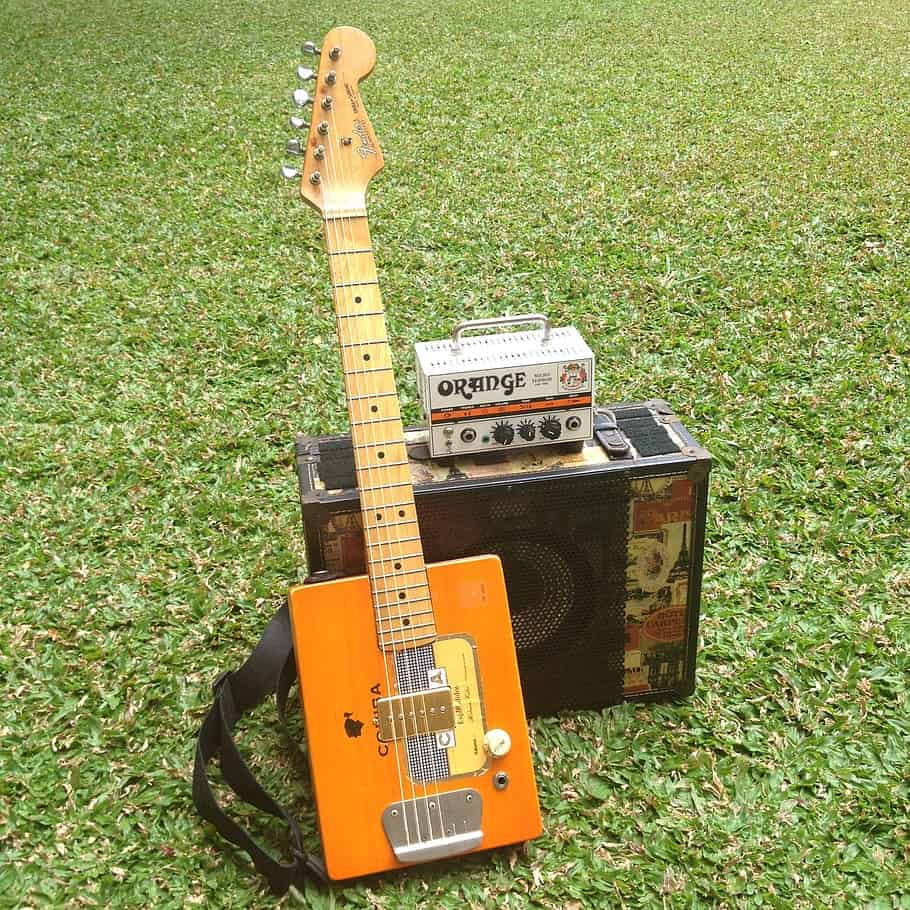 build an electric cigar box guitar